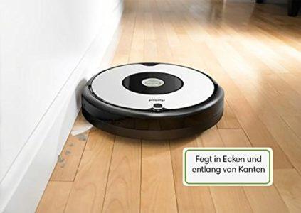 Roomba 615 fegt in Ecken und entlang von Kanten